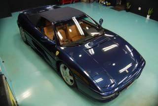 フェラーリF355スパイダーガラスコーティング画像